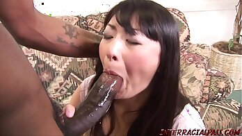 Housewife Swallows A Big Black Cock At A Gloryhole