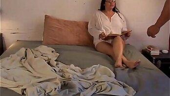 Busty mature babe Valentina carteri fucked hard by hatchefter