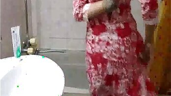 Pakistani babe asian stripping naked