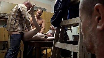 PUTPA FULL VIDEO Pervert Stepmom Gives Easy Jail Break