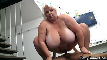 Busty blonde bimbo reveals tits and stretched asshole
