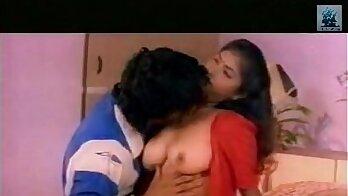 Tamil aunty A Bollywood actress bath